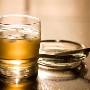 Alcool au travail, employé alcoolique, détective privé Indicia France