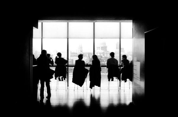Harcèlement sexuel au travail - Les détectives du groupe Indicia récoltent les preuves